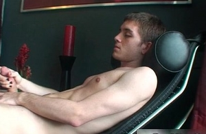Hetero be conducive to guy acquires his very tricky happy-go-lucky gay porno