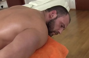 Openly masseuse sucks