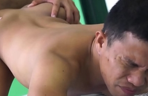 Barebacking oriental homosexual guys blowing their loads