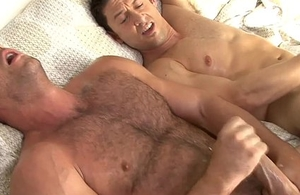 Married guy Ari Sylvio acquires fucked overwrought a gay
