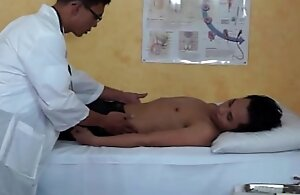 Twink doctors anal cross-examination be proper of happy-go-lucky patient