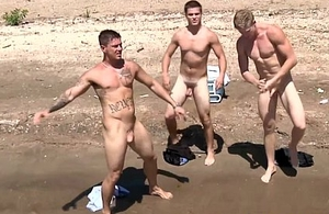 Groupsex hunks at the maximum their loads outdoors